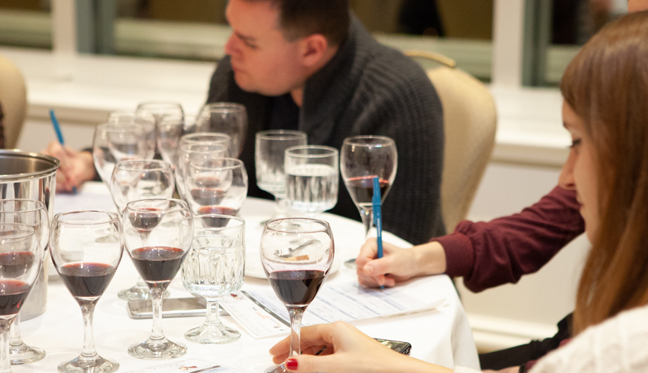 how to host a home wine tasting