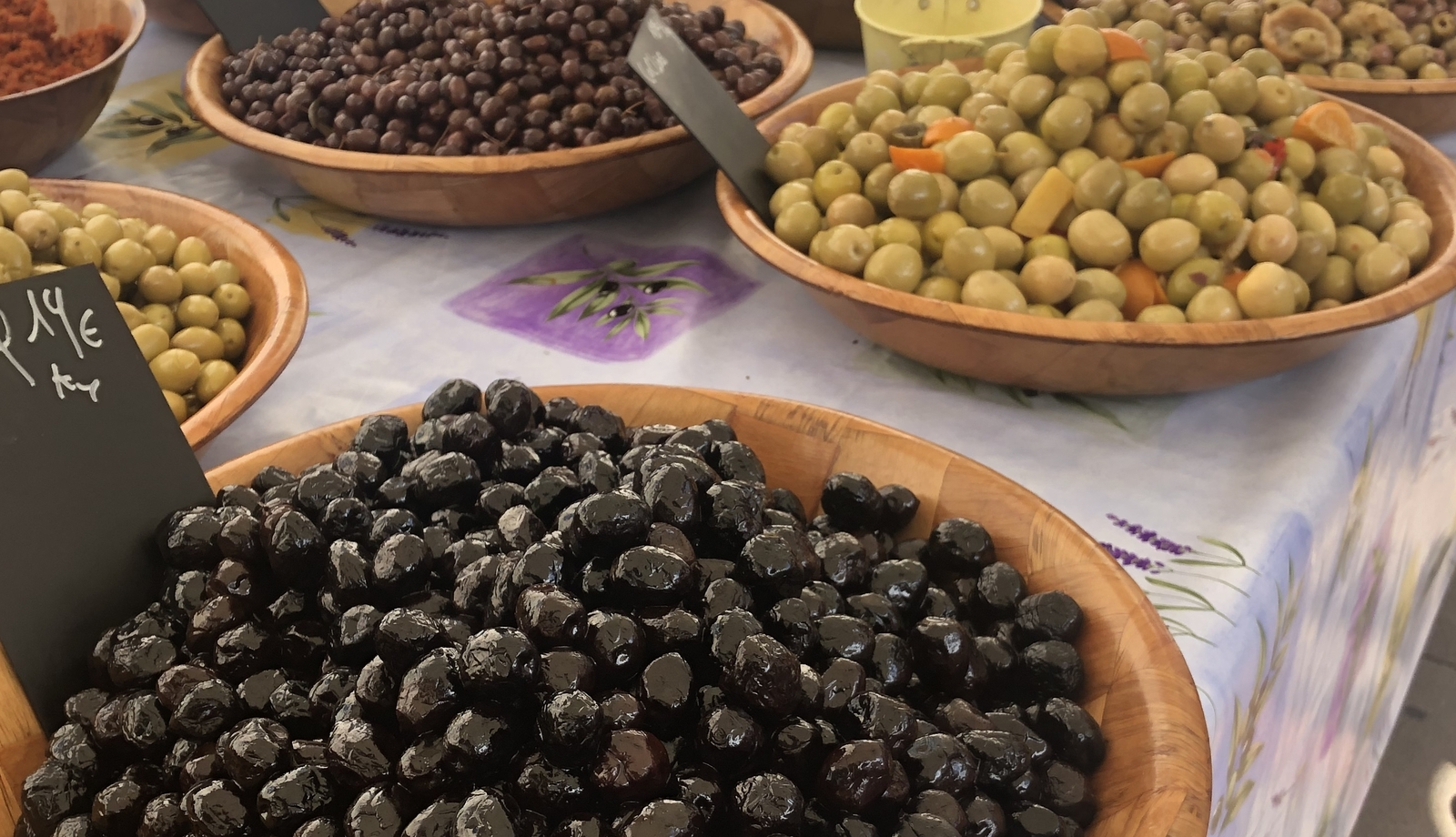 easy and delicious marinated olives